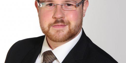 Dr. Mathias Rhiel